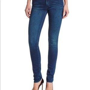 Calvin Klein Ultimate Skinny Jean Medium wash sz 4